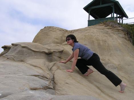 P5160081.Lisa climbing