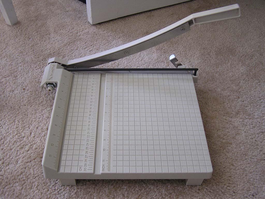 1.Papercutter