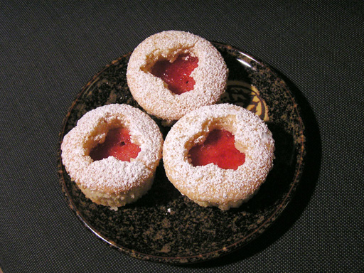 2006 Mar 12 - CupcakeTrio