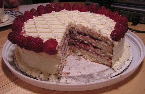 P8050014.Cut cake