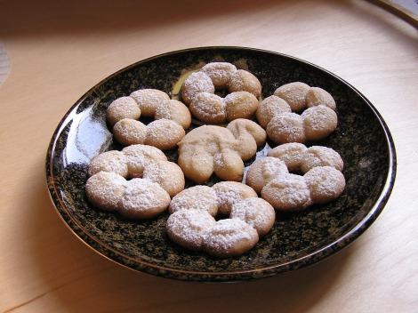 2006 May 25 - Cookie-press cookies