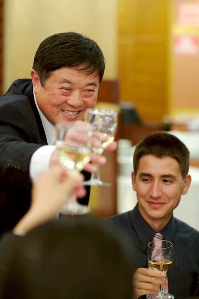 B - Daddo toasting