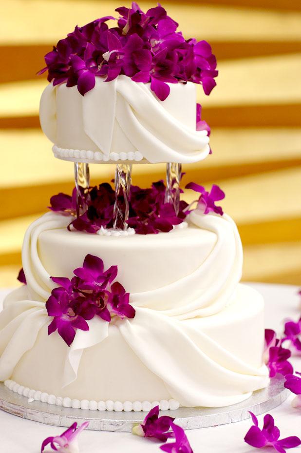 B - The cake