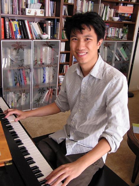 Erik at piano