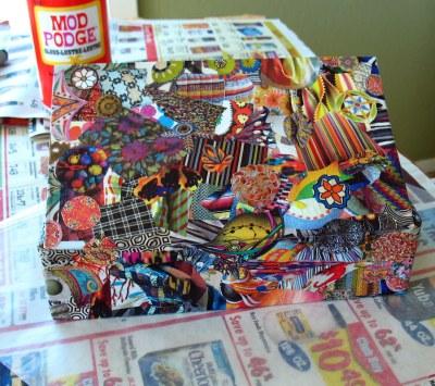64 crayon box lid