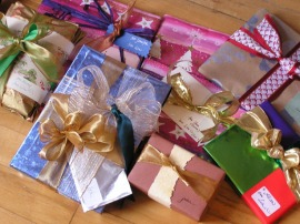 2003 wrapped gifts