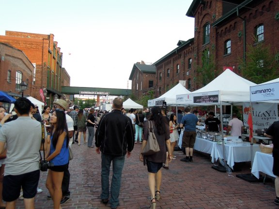 1000 Tastes at the Distillery District