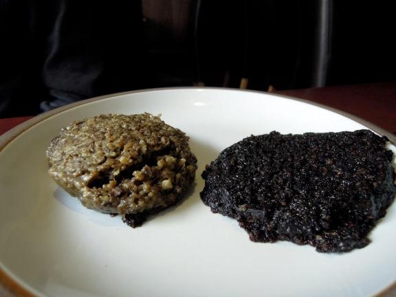 Haggis (L) and black pudding (R)