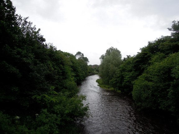 Another view of the river Kelvin, this one lined with trees