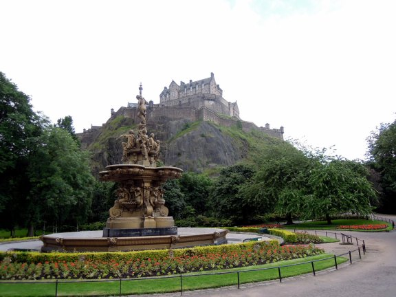 Near the city centre: Ross Fountain, West Princes St Gardens, with view of Edinburgh Castle.