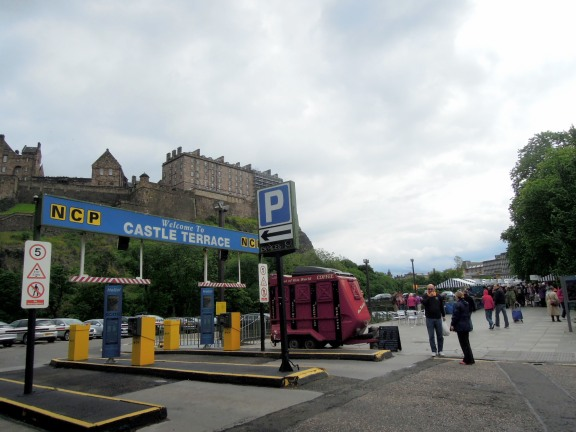 Castle Terrace farmers' market -- with the castle in the background!