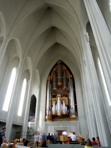 Inside the church, Hallgrímskirkja
