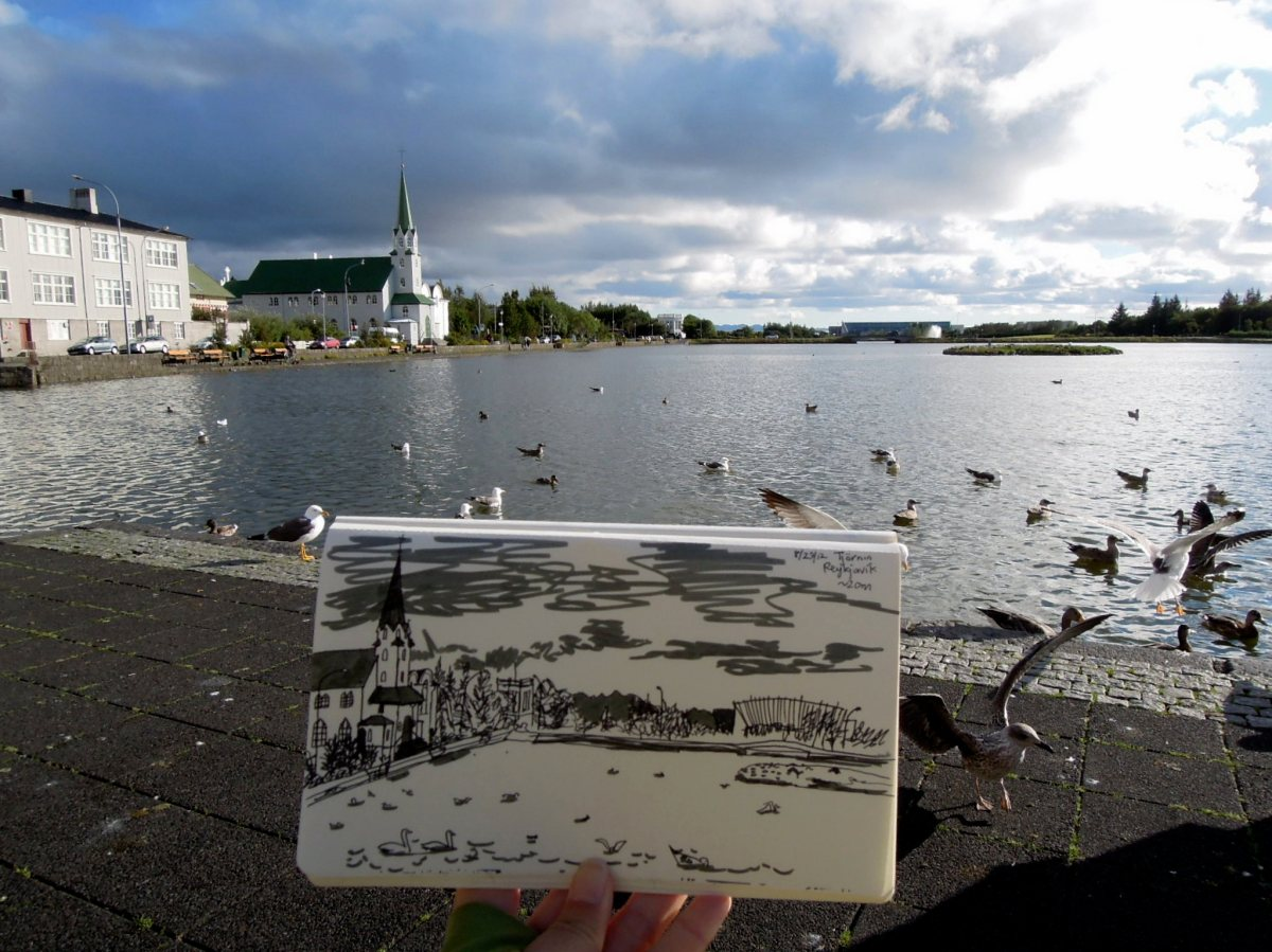 Sketch at Tjörnin (the city pond)
