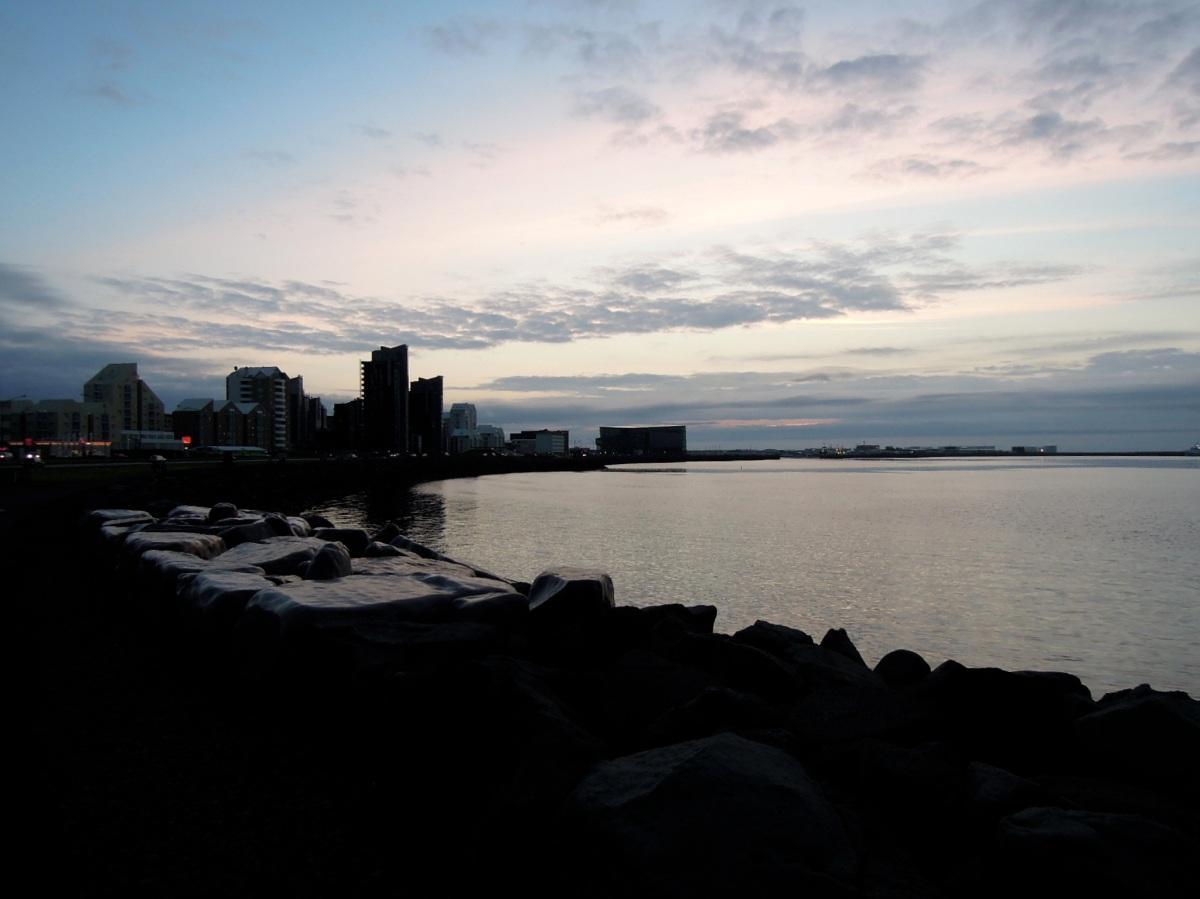 Glossy rocks along the harbor