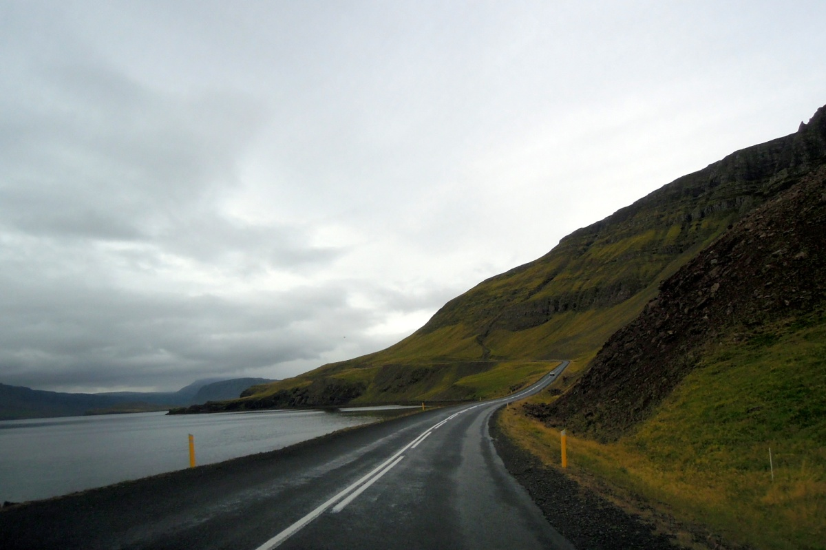 Highway around the fjörd