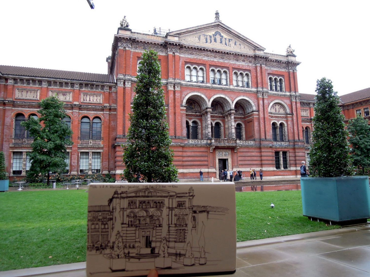 Sketch at the V&A garden