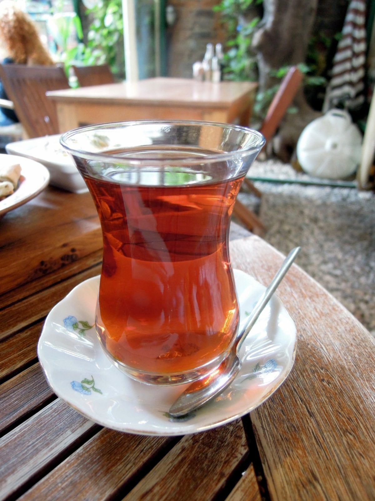 Tea in tulip-shaped glass