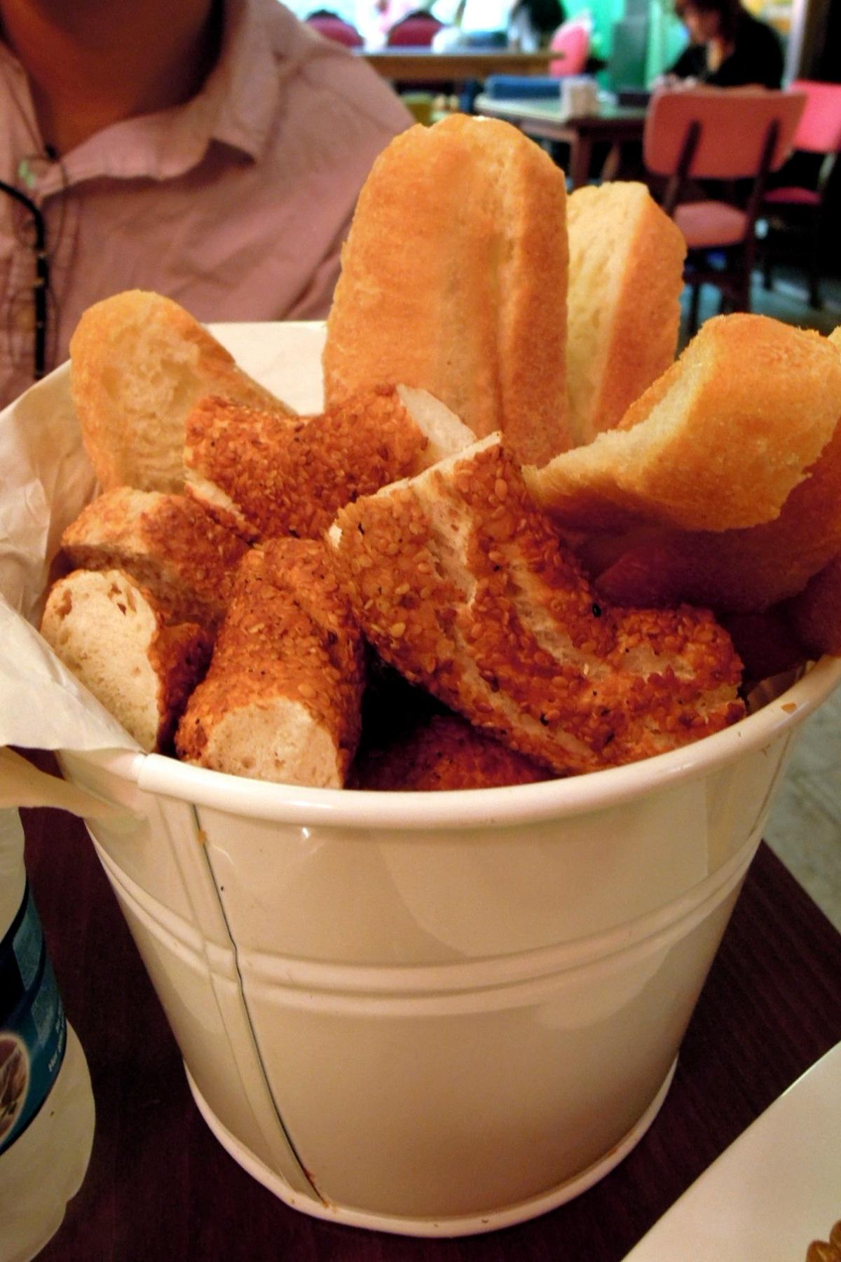 Bread bucket at Yımırta