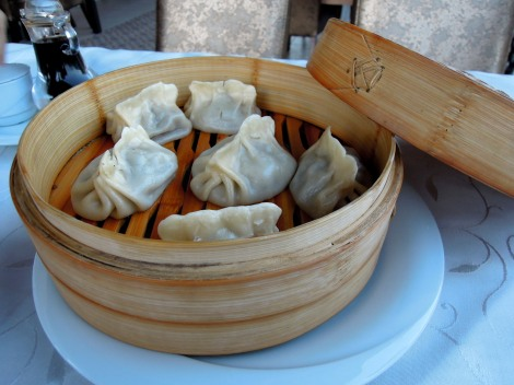 Uighur manti (meat dumplings)