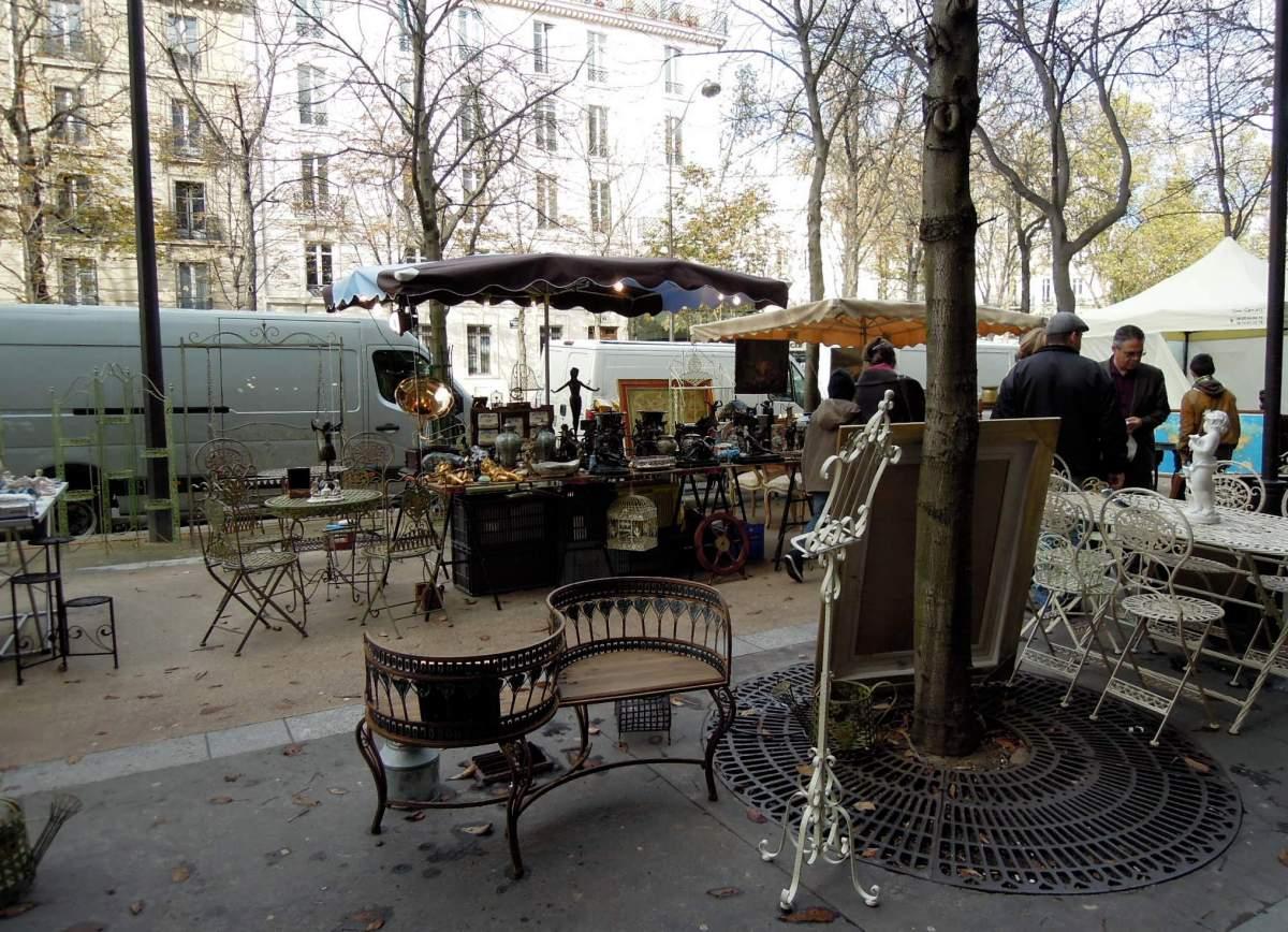 Parisian brocante (vintage/flea market)