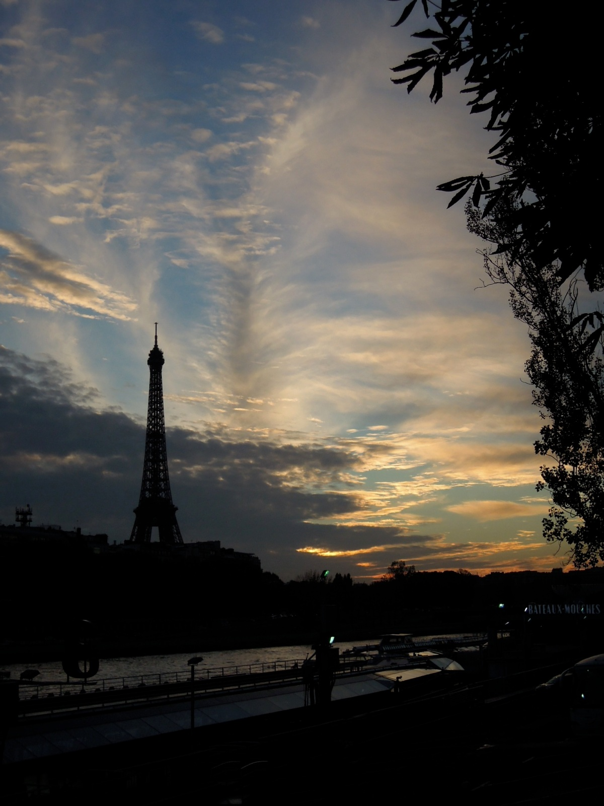 Eiffel Tower and the Seine near sunset
