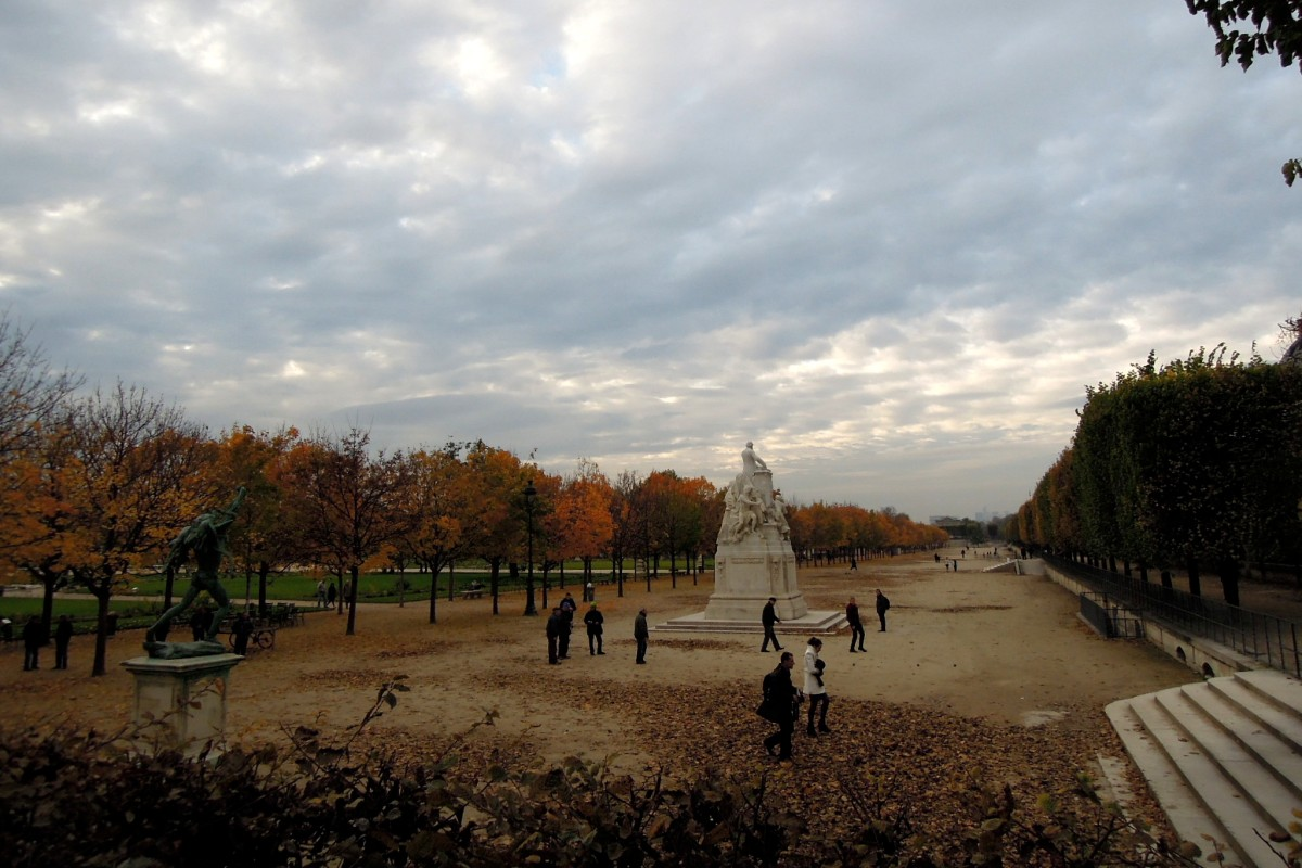 Bocce ball in the Tuileries