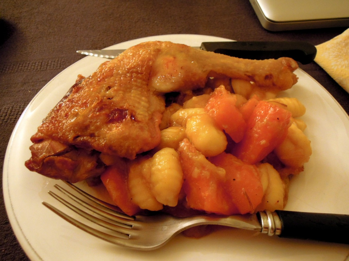 Chicken leg with carrots and gnocchi