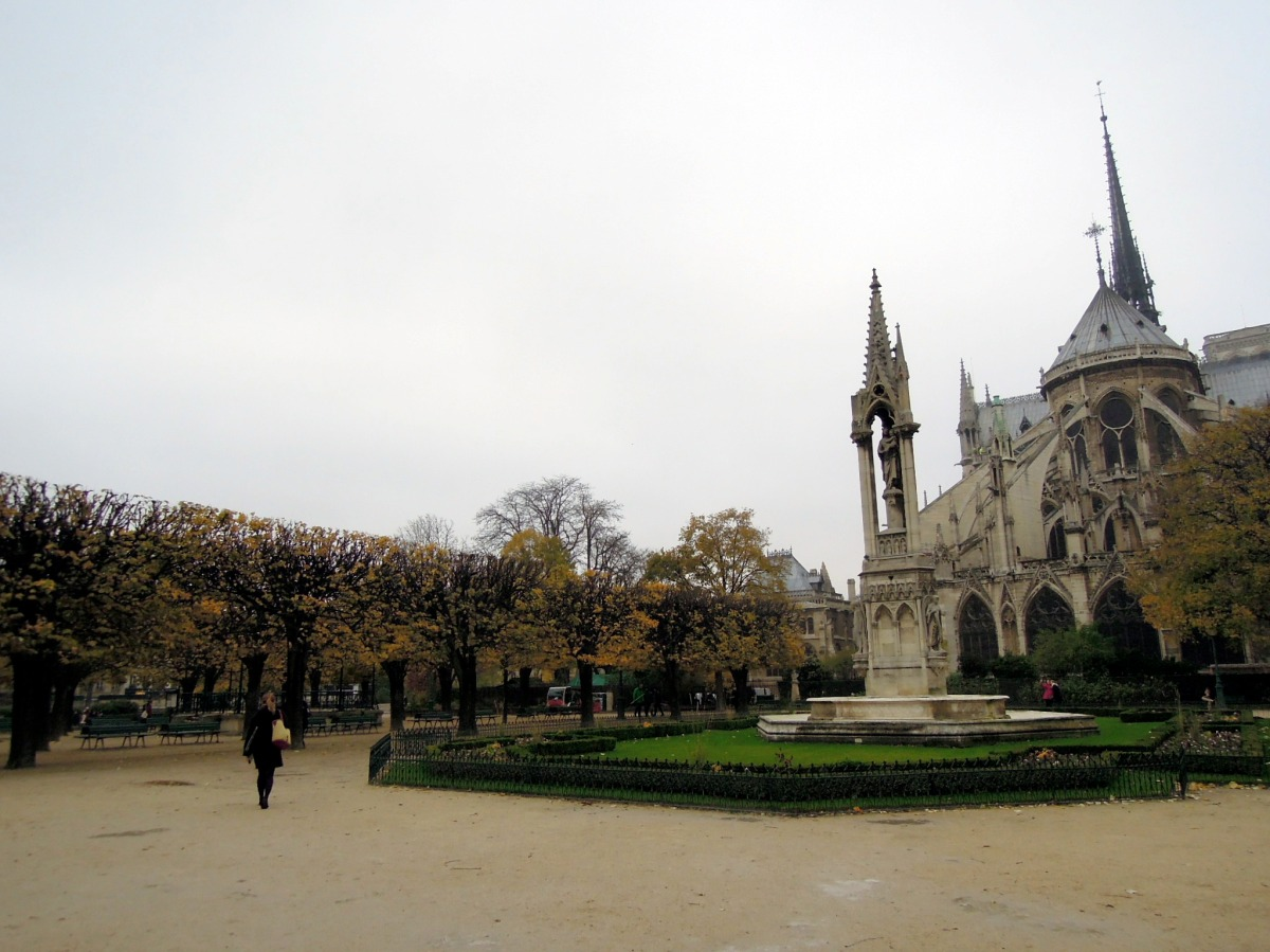 Back of the Notre Dame