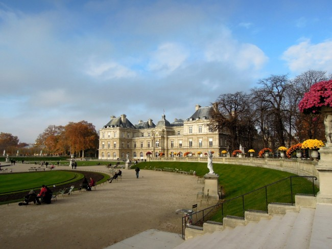 Luxembourg Palace with flowers and statuary around