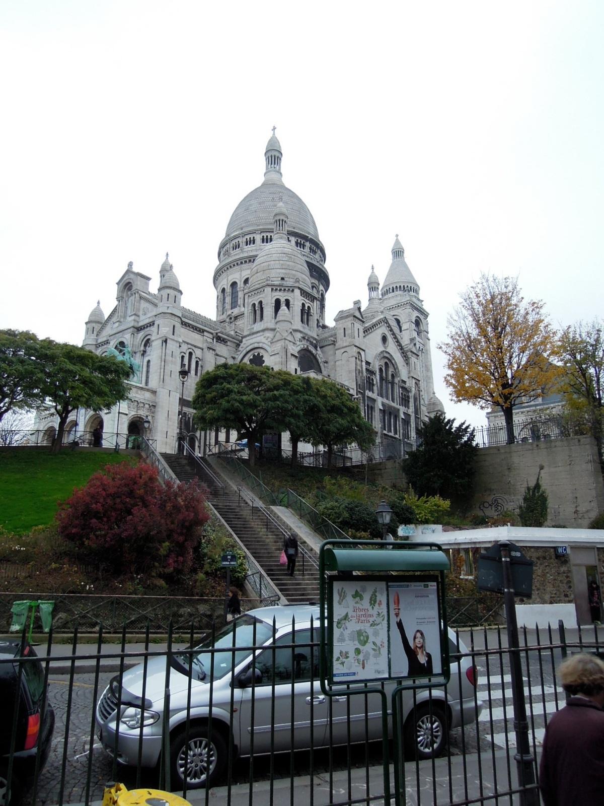 Sacré Coeur Basilica from another angle