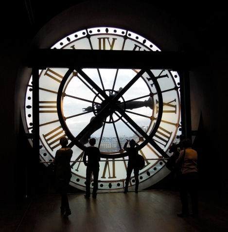 I love being inside a clock. We did this in the clock tower on the waterfront in Montréal too, and it was equally amazing.