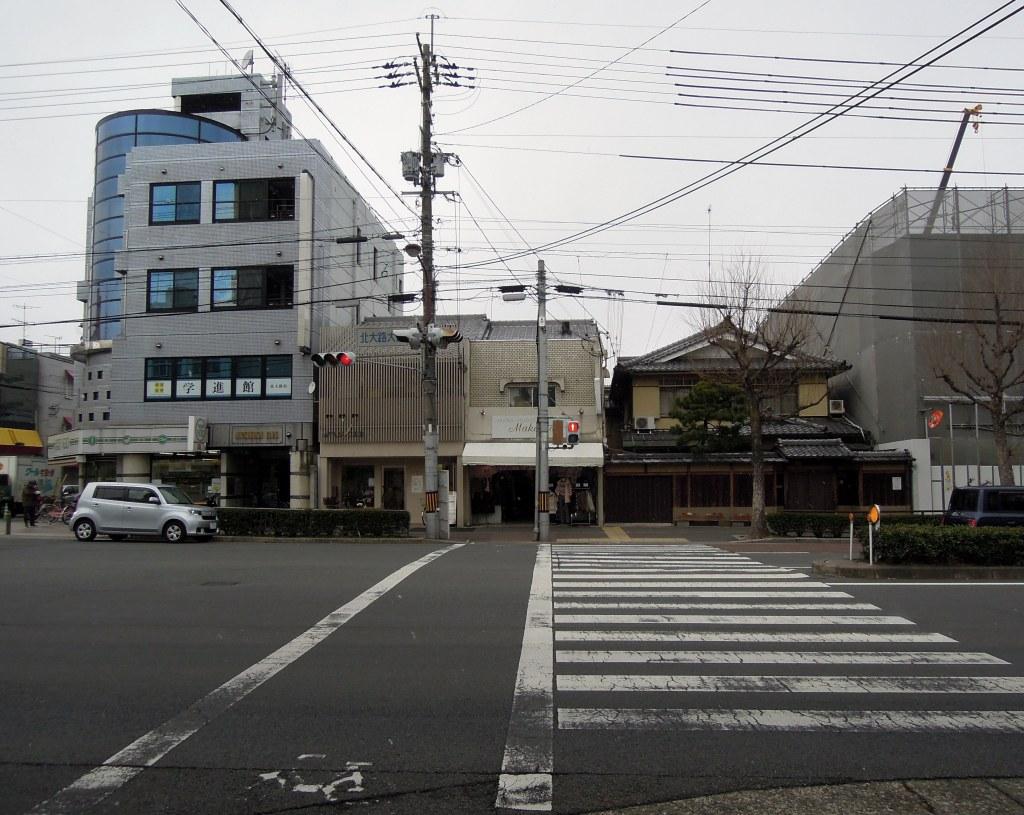 Kenkun-dōri at Ōmiyadōri