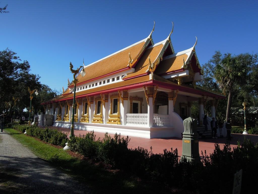 Wat Mongkolratanaram, Tampa, Florida