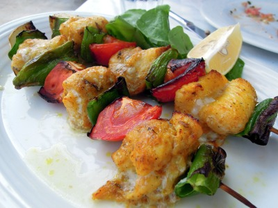 Sole, tomato, and green pepper skewer at Heyamola restaurant, Heybeliada, Princes Islands, Istanbul