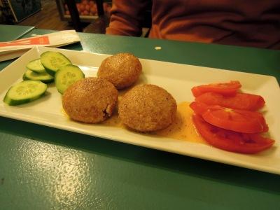 Içli köfte, Besiktas Kirpi Cafe, Istanbul