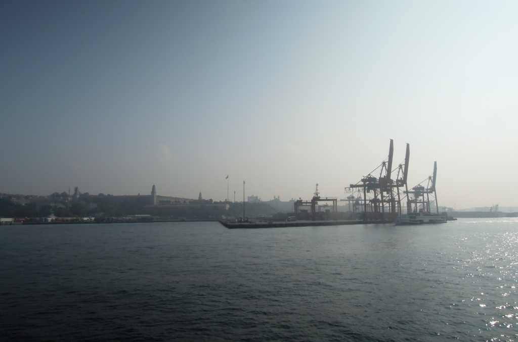 Shipping container cranes in Istanbul