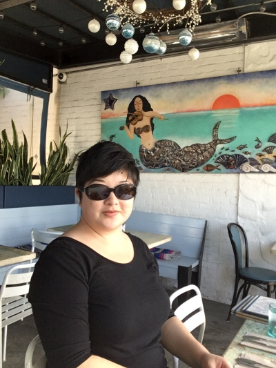 Lisa in sunglasses at Blue Plate Oysterette, Santa Monica