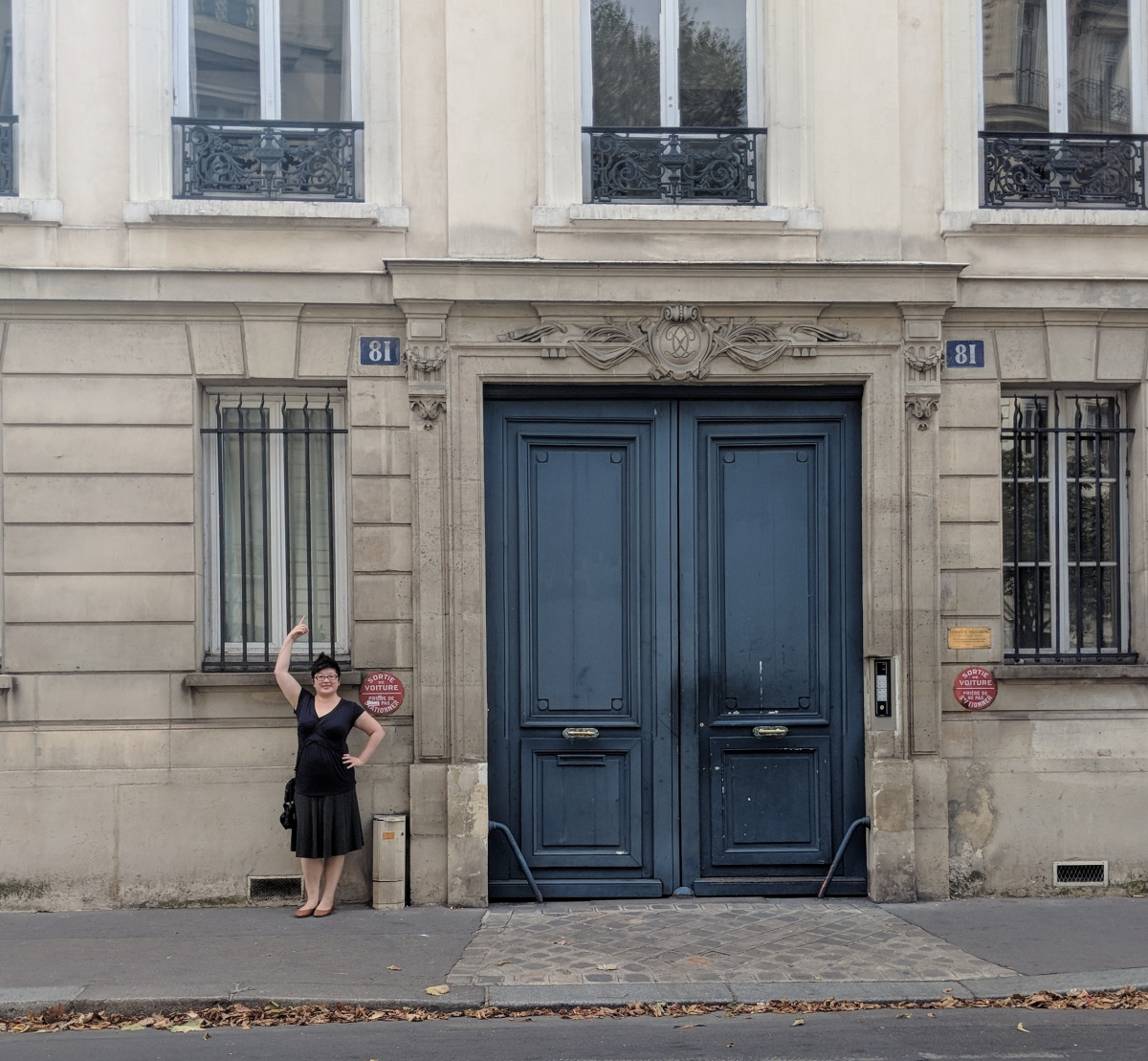 Lisa at 81 Rue de L'Universite, Paris