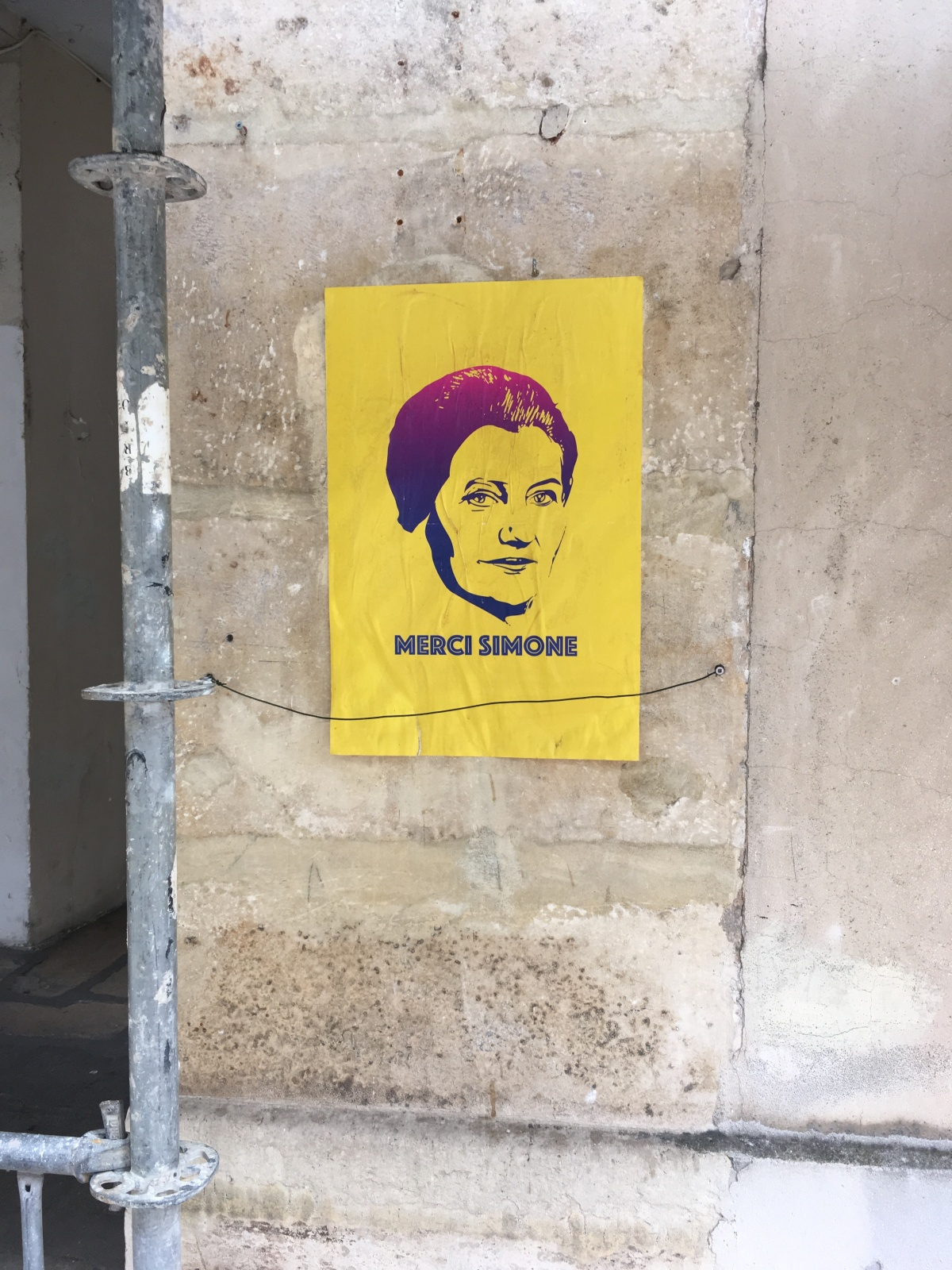 Street art, Merci Simone