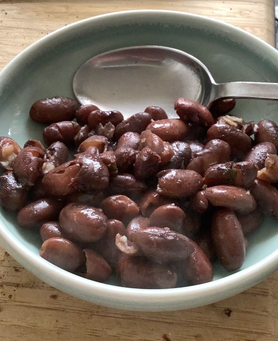 A bowl of cooked Rio Zape beans